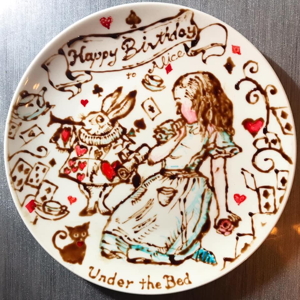 チョコレートアートで描いたアリス